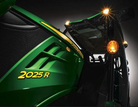 2025R cab – LP70009