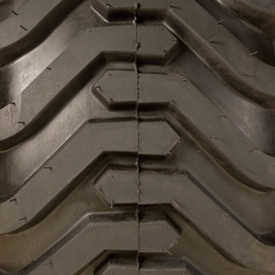 Industrial tread (R4)