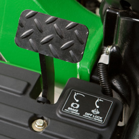 Integrated brake and differential lock pedal