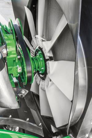 Systém pohonu chladicího ventilátoru Vari-Cool přesně řídí jeho otáčky podle požadavků chlazení