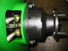 Załączany napęd na cztery koła 4WD poprawia wydajność w razie potrzeby