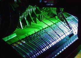 Oświetlenie LED wysokowydajnego zespołu podającego ― podbieracz i rotor
