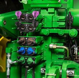Blok zaworów sterowania hydrauliką zewnętrzną (SCV) w ciągnikach 9R