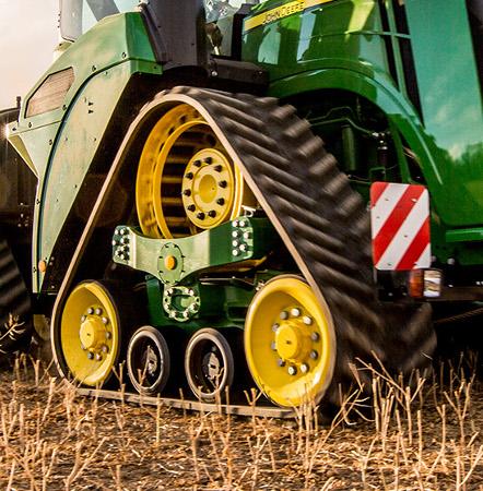 Ciągniki serii 9RX są dostępne z gąsienicami o szerokości 762 mm (30 in.) i 914 mm (36 in.)