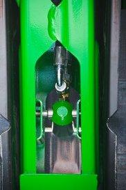 Cilindro hidráulico no braço de flutuação
