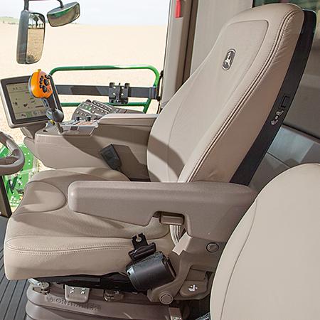 Assento de couro opcional com suspensão pneumática