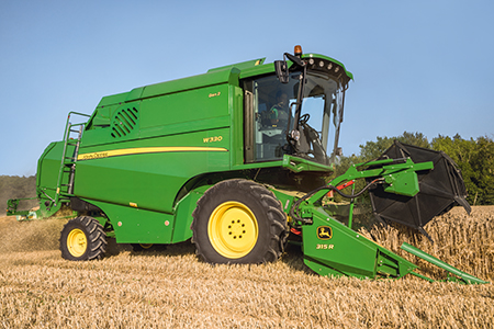 A cabeça 300R adapta-se à ceifeira-debulhadora W330 em termos de peso e dimensão