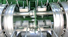 Barras de dedos feitas a partir de um tubo e reforço de cruzeta central