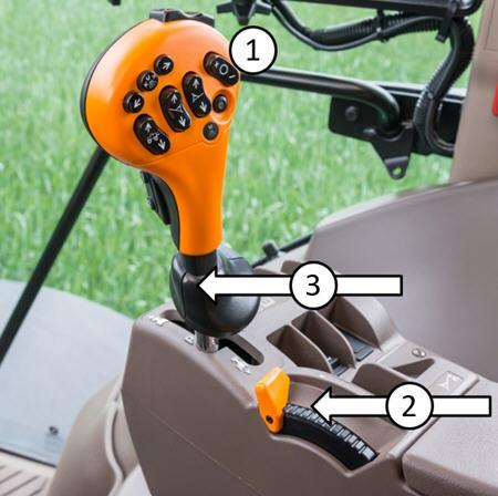 Ajuste do controlo da velocidade de cruzeiro com o comando hidrostático e o controlo do acelerador