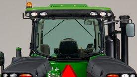 Заднее окно гусеничного трактора