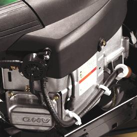 Motor med 24 hk* (17,9 kW) visas