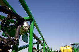 TerrainControl Pro-sensorn styr automatiskt rampens lutning och höjd