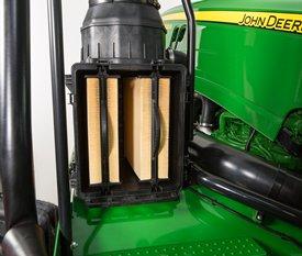 Inspektion av motorns primärfilter