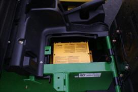 Inbyggd batteriladdare (detalj)