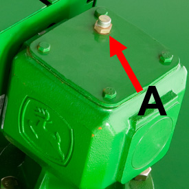 Caja de cambios con varilla de medición de nivel de aceite (A)