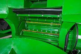 Picadora impulsada por motor de pistones
