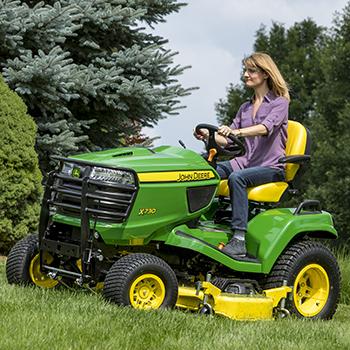Corte con el tractor X730
