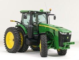 Tractor de la serie 8R equipado con ILS