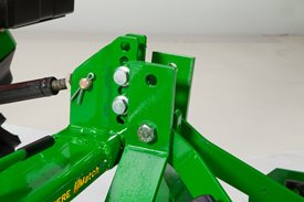 Enganche rápido Quick-Hitch iMatch con acoplamiento de segadora rotativa (LVB25976)