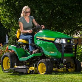 Corte con el tractor X394