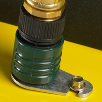 Boca de limpieza de la plataforma con conector de manguera