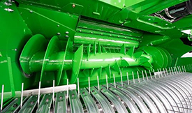 Rotor and converging augers are aligned on a single axle