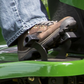 Hydro/automatic foot control in use