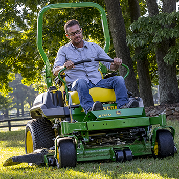Z730M shown mowing