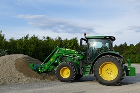 John Deere R-Series Loaders are available with different types of leveling systems