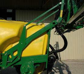 Z bar-parallelogram boom lift system lowers the center of gravity