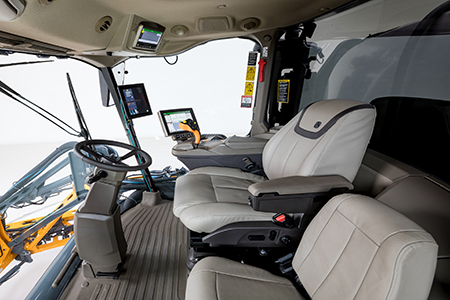 Cab with Ultimate Comfort and Convenience package