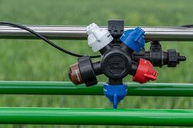 Air valves ensure liquid circulates up to the nozzle bodies