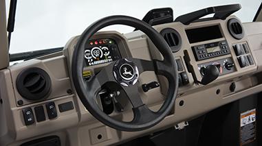 Painel do sistema de ar-condicionado/ventilação/aquecedor exibido com o interior na cor castanho do ano-modelo 2021