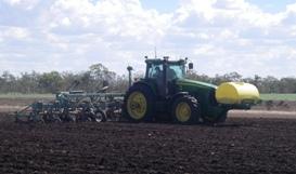 Passage effectué dans les champs avec l'aide du guidage d'instrument actif