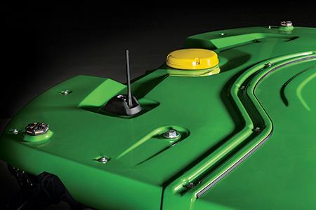 Récepteur StarFire 6000 intégré sur la moissonneuse-batteuse X9