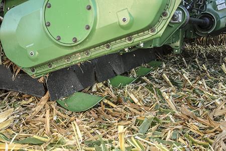 Cueilleur à maïs C12R avec déflecteurs de tiges
