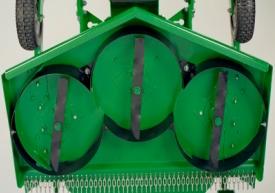 Le colis comprend les déflecteurs, les lames et les supports de protecteurs.