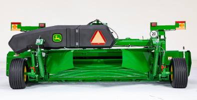 Position du dispositif de formation d'andains étroits du modèleC500