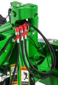 Deux conduites hydrauliques supplémentaires pour le vérin hydraulique pivotant vers l'arrière
