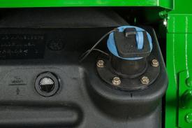 Jauge du fluide d'échappement diesel