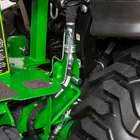 Circuit du surcroît de puissance hydraulique (tracteur1026R illustré)