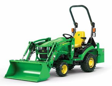 Reproduction studio d'un tracteur1R équipé d'un chargeur frontale120R à mise à niveau automatique mécanique