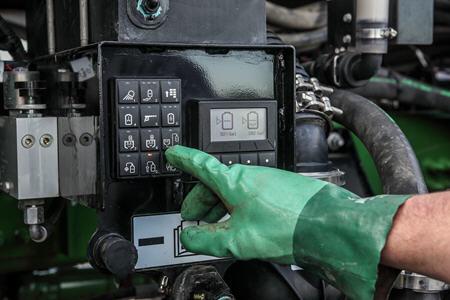 Clavier numérique du système de chargement du système d'épandage d'engrais liquideLS20