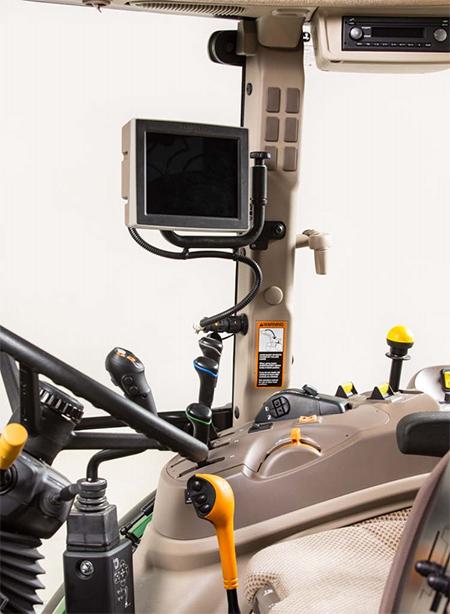 Cabine Premium de tracteur5M équipée d'un affichage universel4240