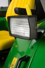 Projecteurs de travail sur un tracteur de la série6E