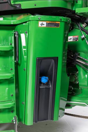 Réservoir d'urée DEF sur les tracteurs 9R et 9RX
