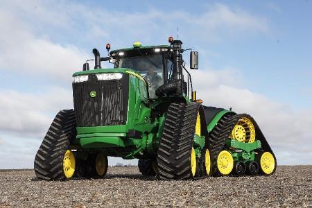 Tracteur 9RX avec chenilles de 91,4cm (36po) et espacement des chenilles de 304,8cm (120po)