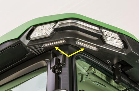 BRE10447 Éclairage de commodité - illustré de l'angle arrière gauche