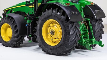 Ailes sur tracteurs à roues