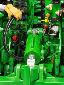 Barre de poussée hydraulique arrière
